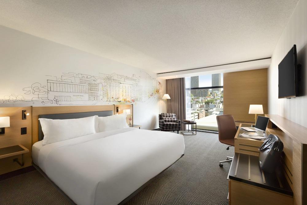 https://i.travelapi.com/hotels/1000000/480000/477600/477576/87ce70e3_z.jpg