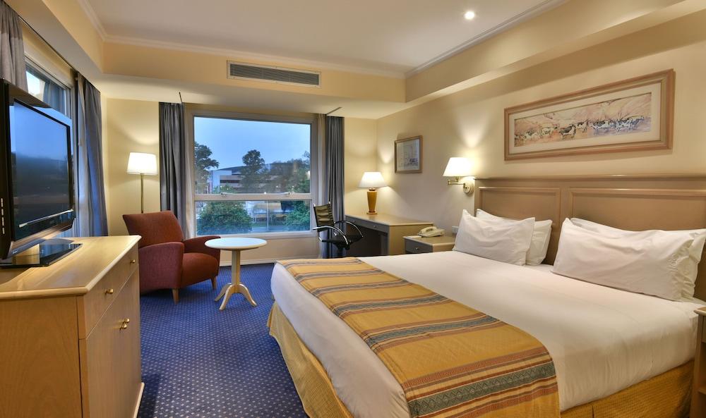 https://i.travelapi.com/hotels/1000000/480000/477600/477592/1a64df94_z.jpg