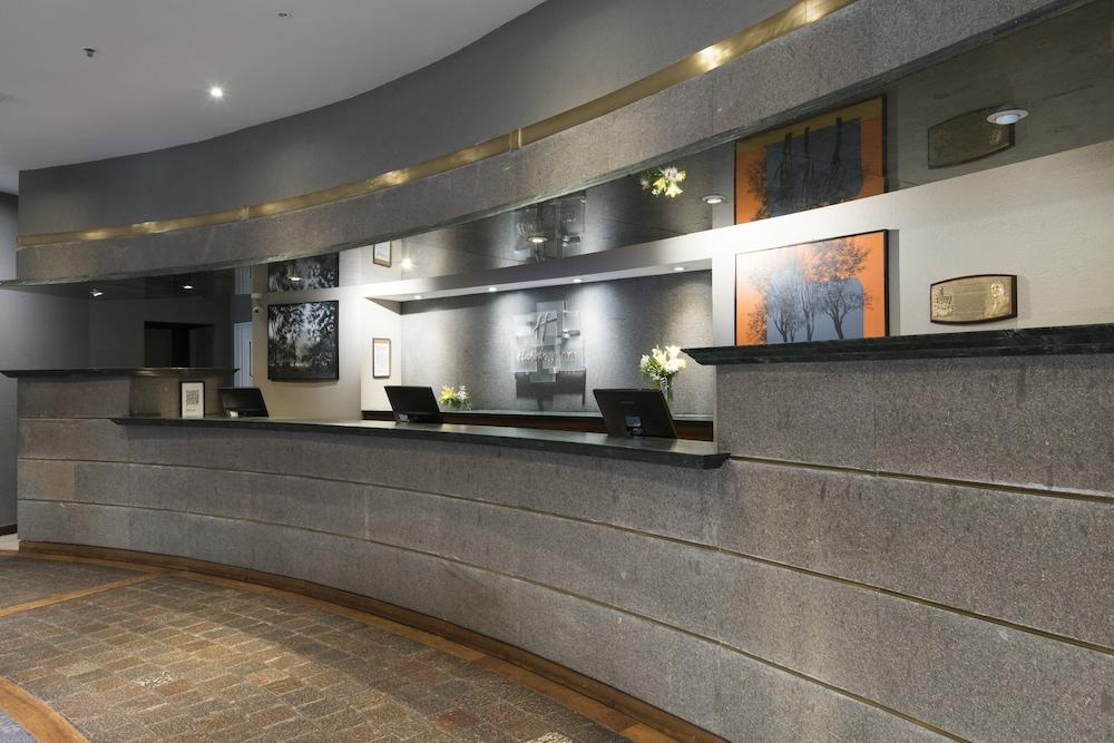 https://i.travelapi.com/hotels/1000000/480000/477600/477592/f749f97f_z.jpg