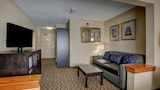 Holiday Inn Hotel & Suites-Milwaukee Airport