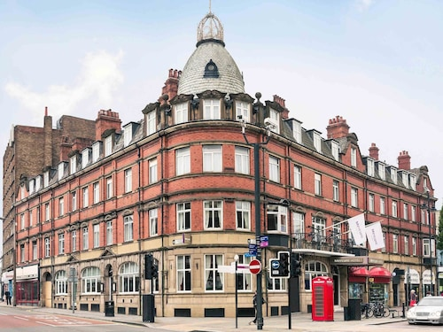 . Mercure Doncaster Centre Danum Hotel