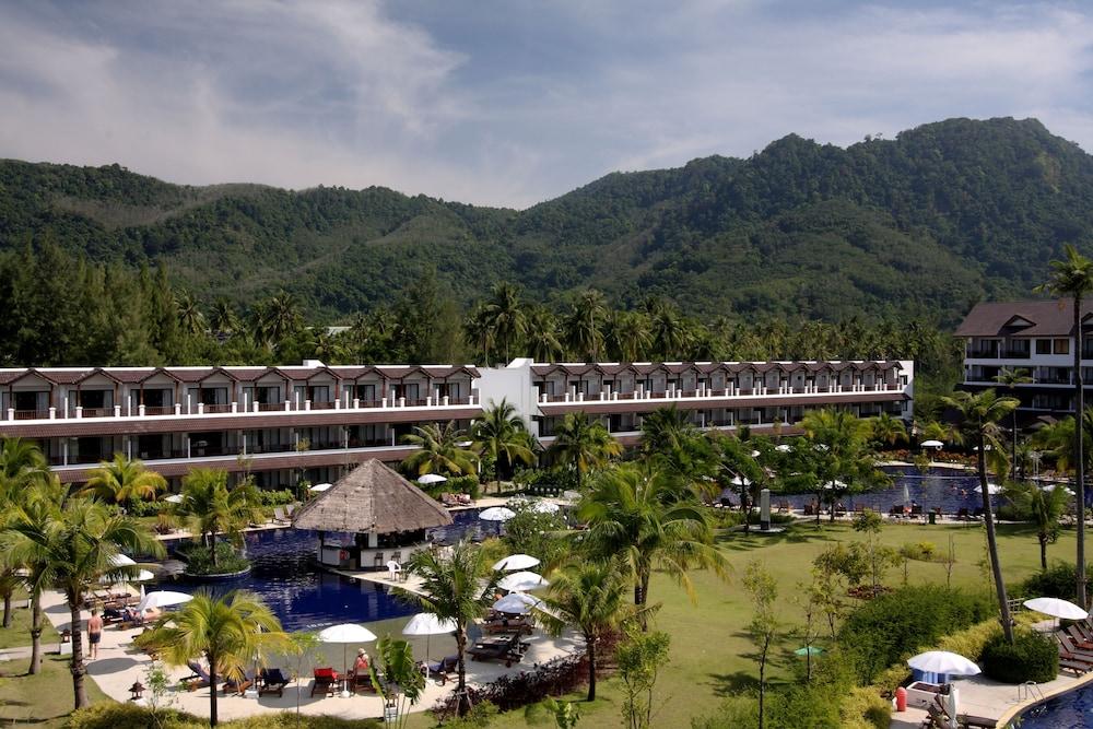 https://i.travelapi.com/hotels/1000000/480000/478900/478899/c746b64d_z.jpg