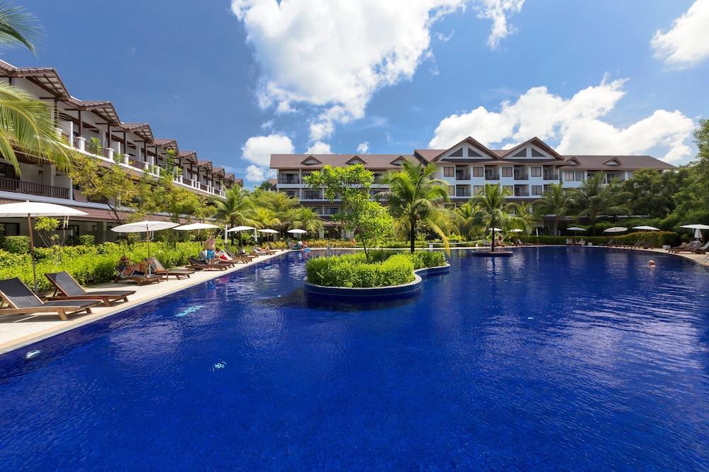 https://i.travelapi.com/hotels/1000000/480000/478900/478899/f69cbb5a_z.jpg