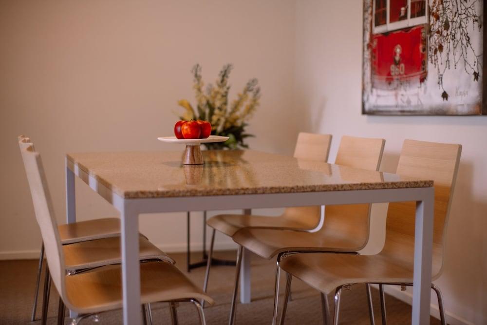 퀘스트 플레밍턴(Quest Flemington) Hotel Image 10 - In-Room Dining