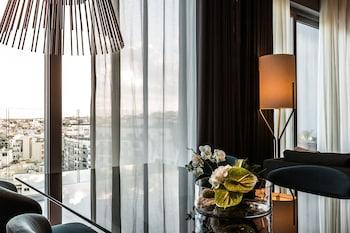 Suite, 2 Double Beds (Ambassador)