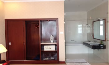 Dong Khanh Suite