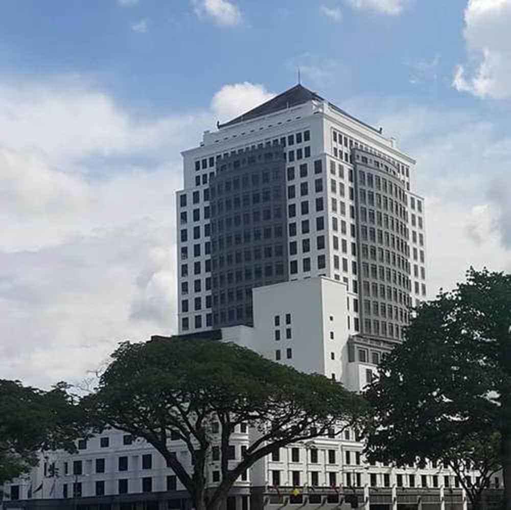 默迪卡宮套房飯店