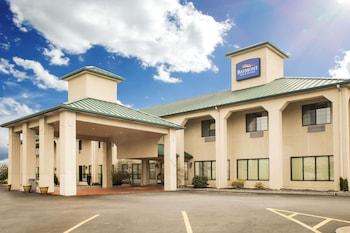 Baymont Inn & Suites Johnson City