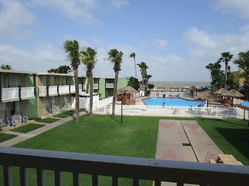 . Quality Inn & Suites on the Beach