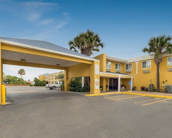 Quality Inn & Suites on the Beach