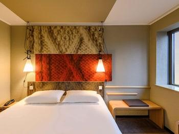 Double Room, 1 Double Bed (New Sleep Easy Concept)