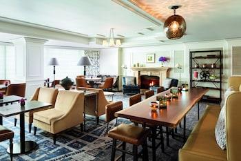 Executive Lounge at The Ritz-Carlton, Washington, D.C. in Washington