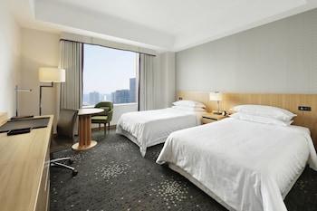 クラブ ルーム シングルベッド 2 台|横浜ベイシェラトン ホテル & タワーズ