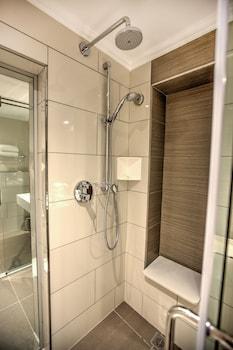 City Lodge Hotel Bryanston - Bathroom  - #0