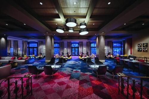 Universal's Hard Rock Hotel  image 4