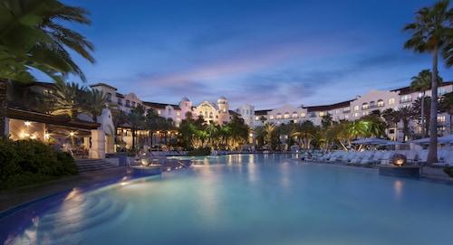 . Universal's Hard Rock Hotel ®