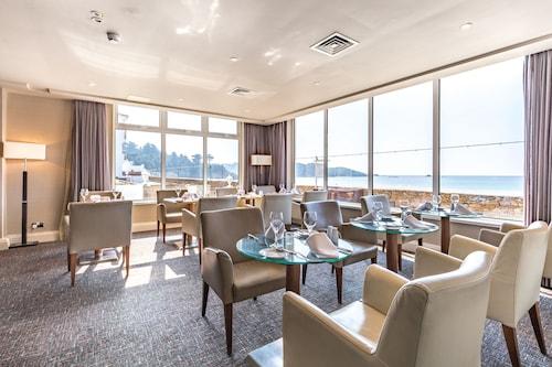 L'Horizon Beach Hotel & Spa,