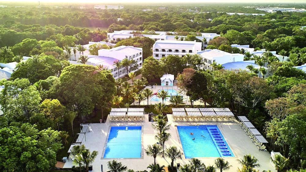 Hotel Riu Tequila - All Inclusive, Featured Image