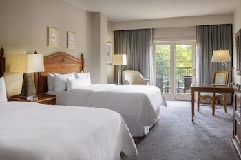 Room, 2 Queen Beds, Balcony (SW-M)