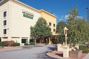 Hotel - La Quinta Inn & Suites by Wyndham Milwaukee Bayshore Area