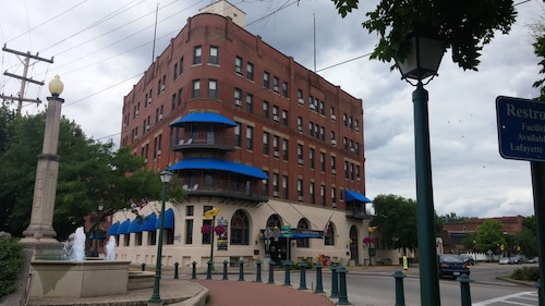 . The Lafayette A grand Riverboat Era Hotel