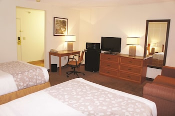 Deluxe Room, 2 Double Beds, Non Smoking (Deluxe Family Suite)
