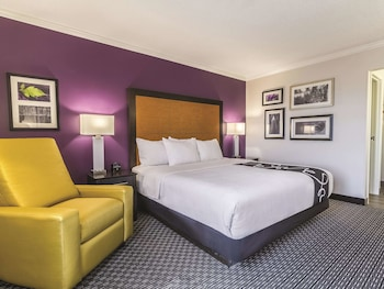 Hotel - La Quinta Inn & Suites by Wyndham Cleveland - Airport North