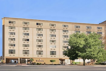 Hotel - Ramada by Wyndham East Orange
