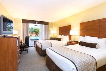 Guestroom at Best Western Orlando Gateway Hotel in Orlando