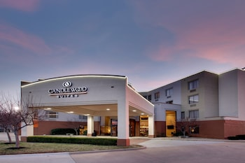 東威奇托燭木套房飯店 Candlewood Suites Wichita East
