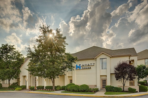 . HYATT house Mt. Laurel