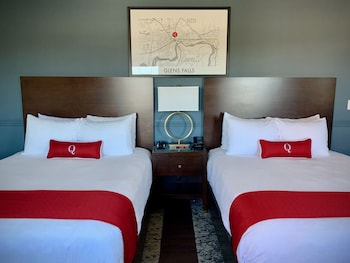 Deluxe Hotel Room with Two Queen Beds