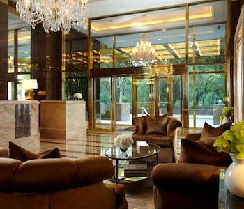 Lobby Sitting Area at Trump International Hotel & Tower New York in New York