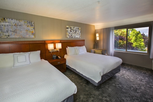 . Courtyard by Marriott Portland Tigard