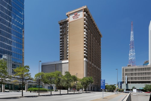 . Crowne Plaza Hotel Dallas Downtown