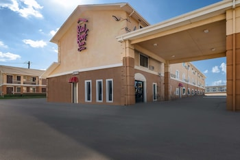 Hotel - Red Roof Inn & Suites Denton