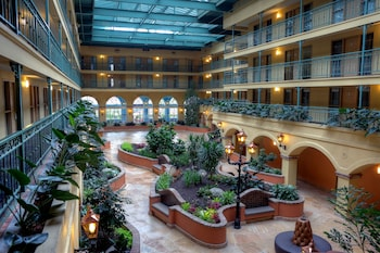 Hotel - Embassy Suites Los Angeles Intl Airport South