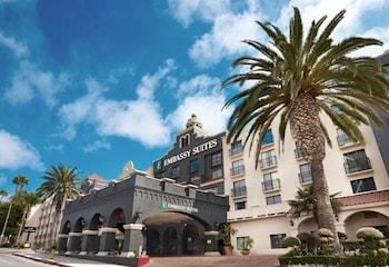 洛杉磯國際機場南/埃爾塞貢多希爾頓大使套房飯店 Embassy Suites by Hilton Los Angeles LAX South/El Segundo