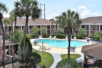 Hotel - APM Inn & Suites