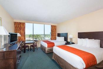 Deluxe Room, 2 Queen Beds, Non Smoking, Tower
