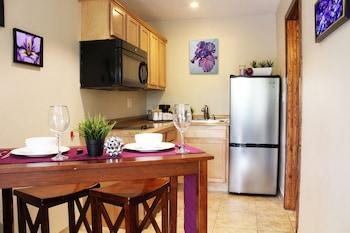 Studio Suite, 1 Bedroom, Kitchen