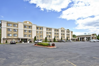 Holiday Inn Plattsburgh - Adirondack Area