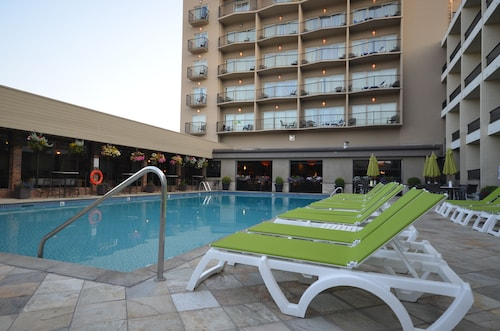 . Coast Capri Hotel