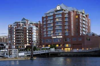 Hotel - Coast Victoria Hotel & Marina by APA