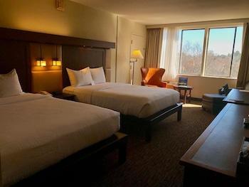 Deluxe Room, 2 Queen Beds, Garden View