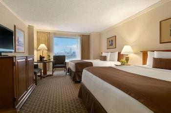 Harrahs Council Bluffs Hotel & Casino - Guestroom  - #0