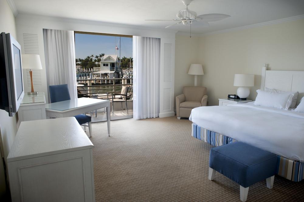 https://i.travelapi.com/hotels/1000000/50000/40800/40732/1463023c_z.jpg