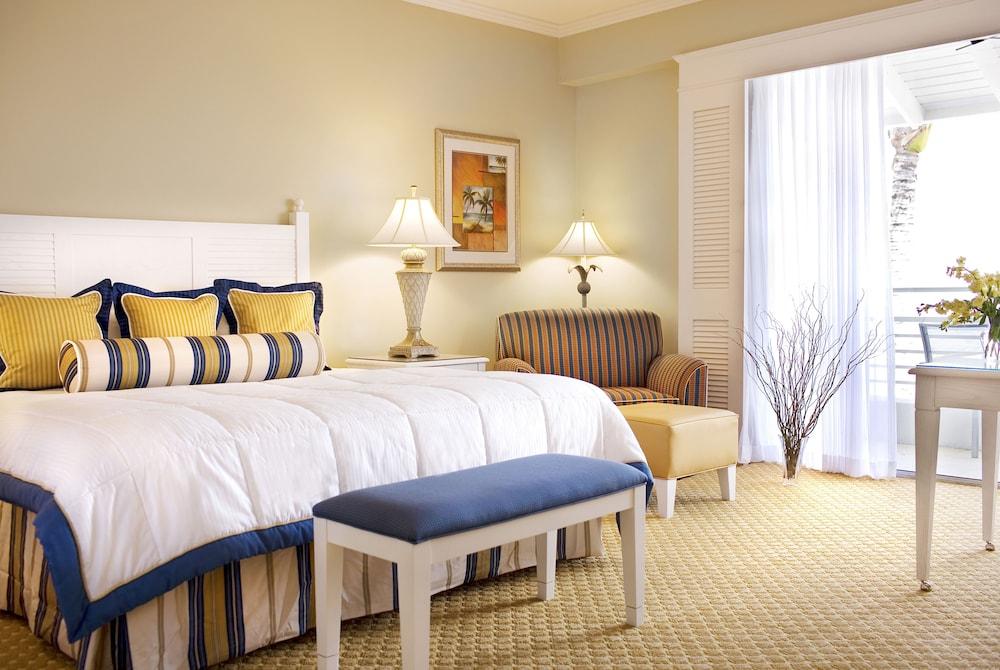 https://i.travelapi.com/hotels/1000000/50000/40800/40732/bb36a7ec_z.jpg
