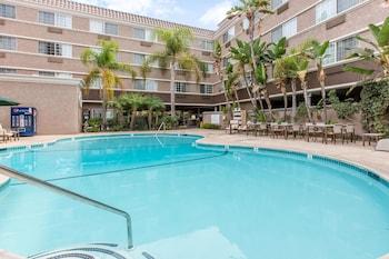 聖地牙哥動物園海洋世界凱富套房飯店 Comfort Inn & Suites San Diego - Zoo SeaWorld Area