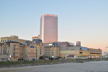 Hotel - Bally's Atlantic City Hotel & Casino